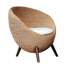 Modern design egg-like chair